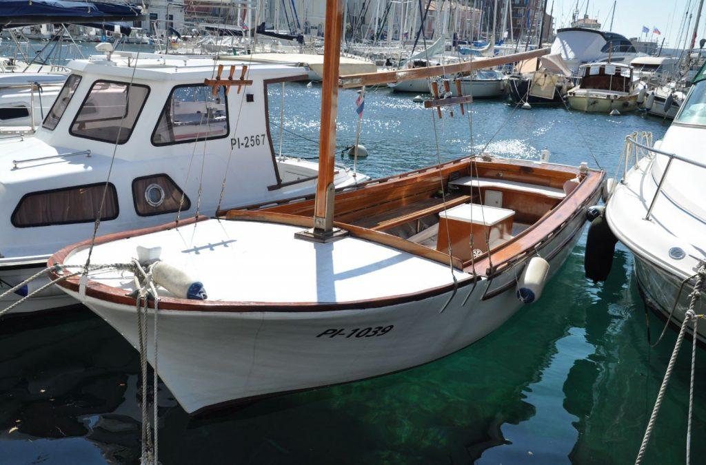 Motorni čoln, PI-1039