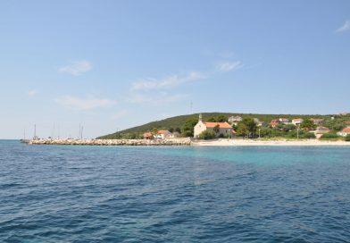 Otok Premuda – Vas na obeh straneh otoka