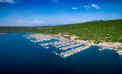 Ob prehodu hrvaške državne meje