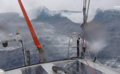 Po veliki nevihti na Indijskem oceanu