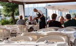 Hrvaška 1. 3. odpira terase gostinskih objektov