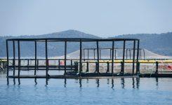 Onesnaženo morje okoli otoka Rava