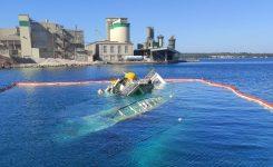 Dvig ribiške ladje z inovativno metodo